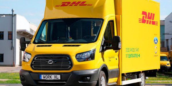 Ford ya fabrica su primera furgoneta eléctrica para DHL