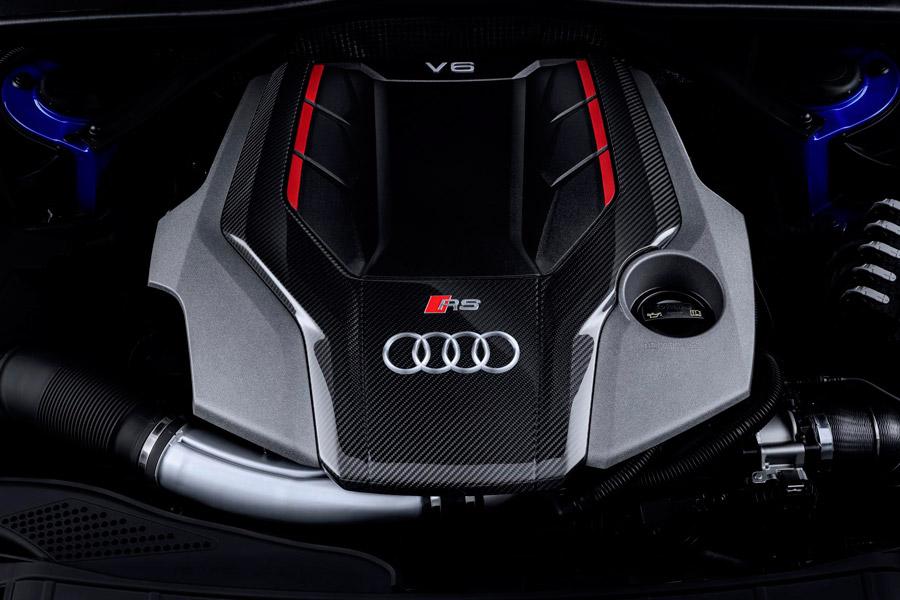 Este 2,9 litros V6 biturbo desarrolla 450 CV de potencia y 600 Nm de par máximo.