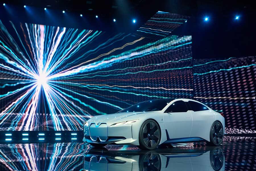 BMW i Vision Dynamics, adelanto del próximo coupé eléctrico de la marca