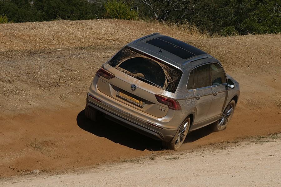 La gama para vehículos SUV y 4x4 va desde los más enfocados a un uso en asfalto hasta un uso mixto con mucho campo.
