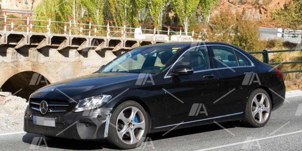 Fotos espía del Mercedes Clase C 350e PHEV