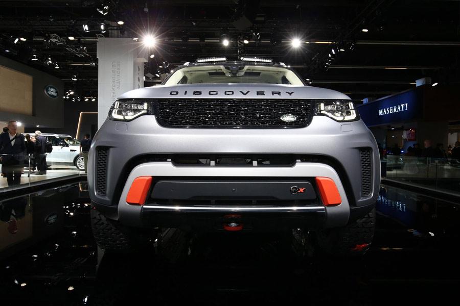 Land Rover presenta el Discovery SVX en Frankfurt