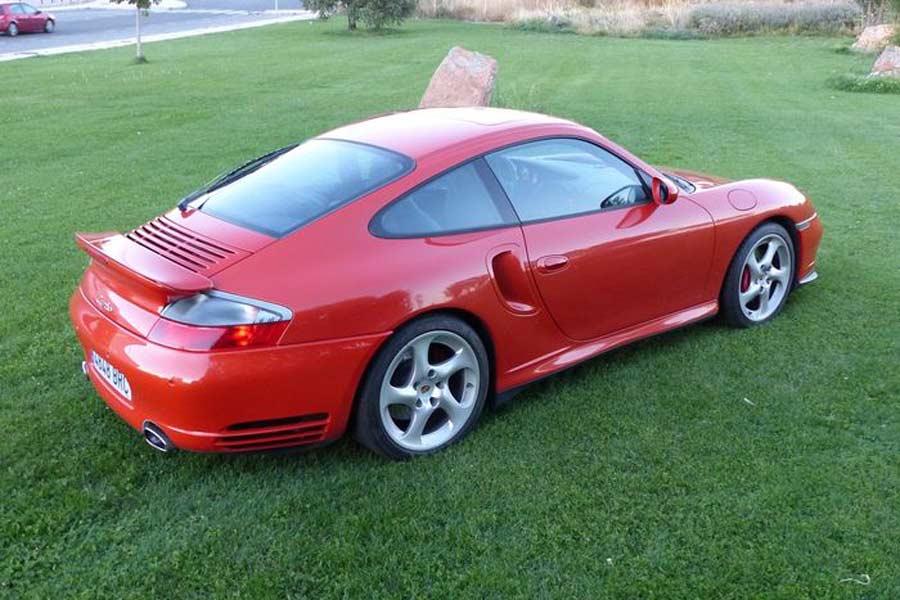 Este Porsche 911 solo cuenta con 21.900 kilómetros.