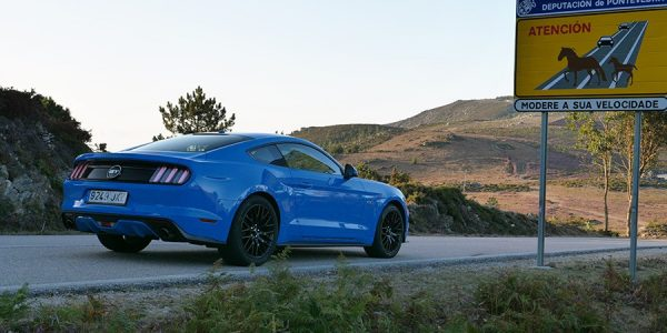 Prueba del Ford Mustang Fastback 5.0 V8 2017