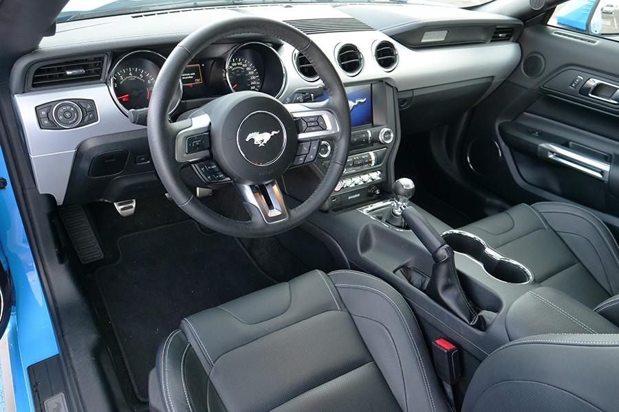 El interior integra perfectamente elementos de última generación en un ambiente vintage.