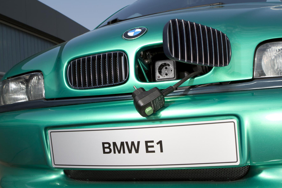 Detalles de vanguardia que todavía perduran en el BMW E1.
