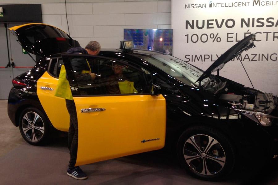 La segunda generación del Nissan Leaf ha estado presente también en la Feria del Taxi de Barcelona 2017.