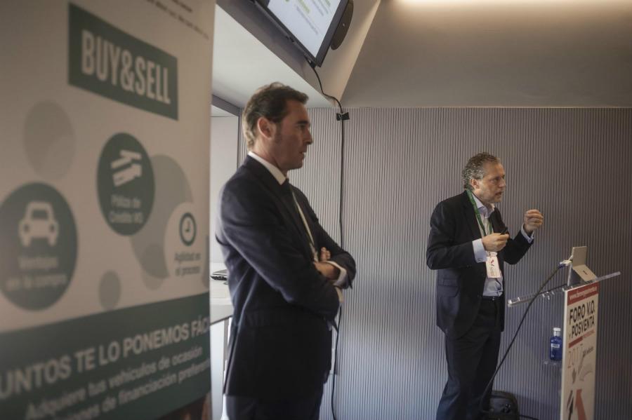 Arval y Cetelem colaboran para mejorar el mercado de V.O.