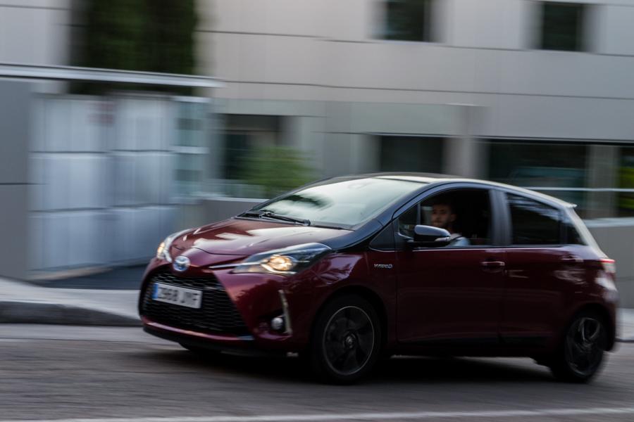 Prueba Toyota Yaris Hybrid, un urbanita muy cualificado