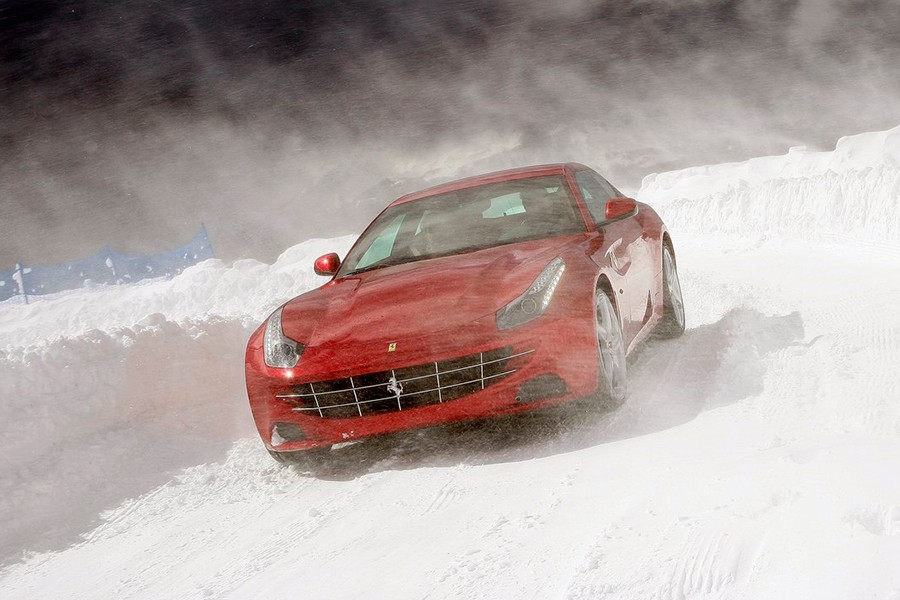 El primer SUV de Ferrari podría estar listo en 2019