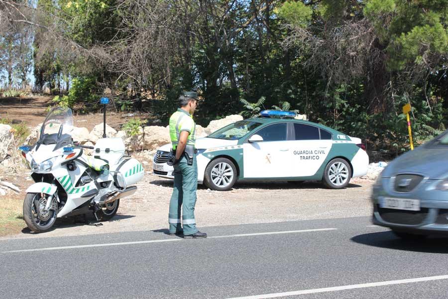 La Guardia Civil intensificará la vigilancia de las carreteras durante el Puente del Pilar.