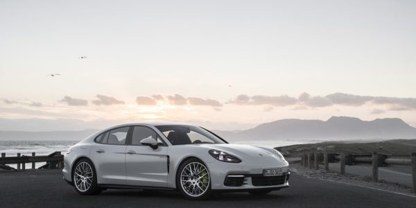 Presentación y Prueba de los Porsche Panamera e-hybrid