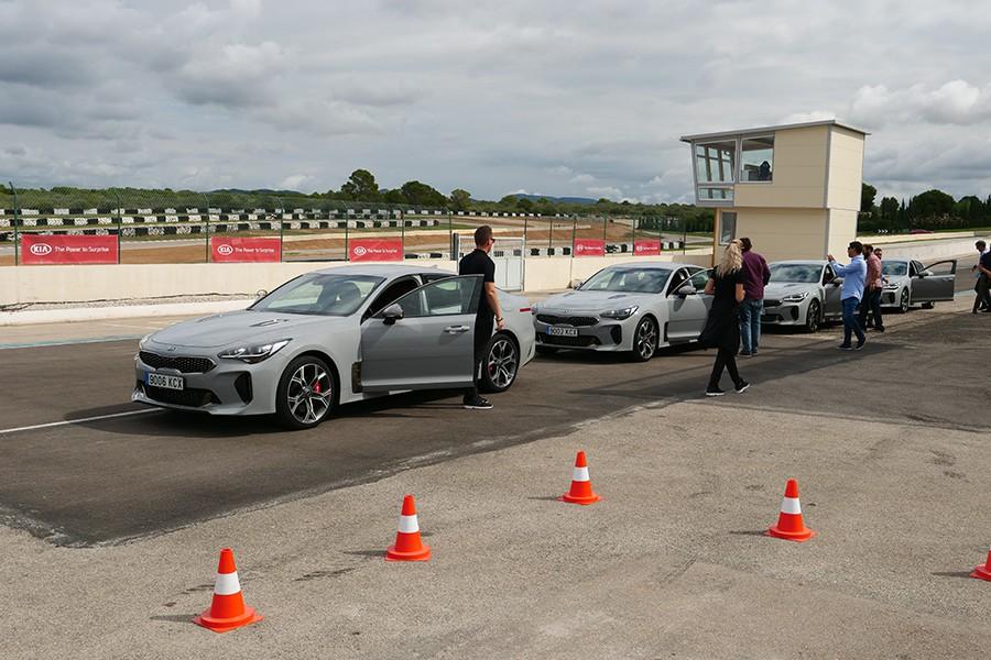 Pudimos probar el Stinger en circuito y por carretera y las primeras impresiones son realmente buenas.