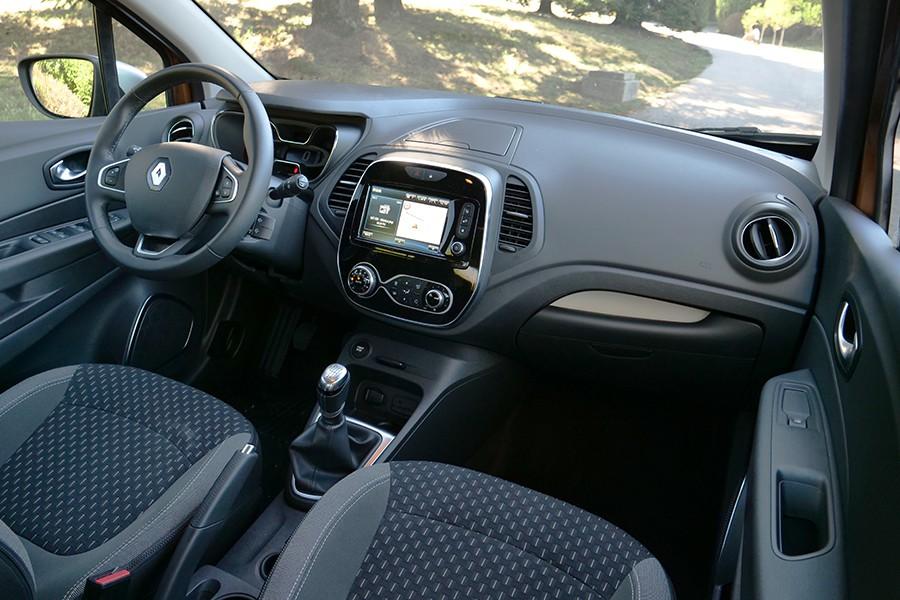 El interior tiene unos materiales de mucho mejor aspecto y tacto.