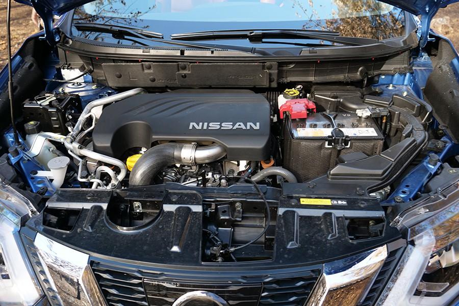 El nuevo motor de 2 litros es más agradable de utilizar, pero el cambio de variador continuo enmascara sus prestaciones.