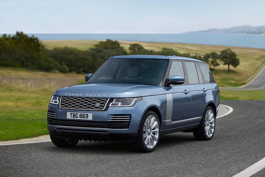 Range Rover 2018: restyling y nueva variante híbrida enchufable