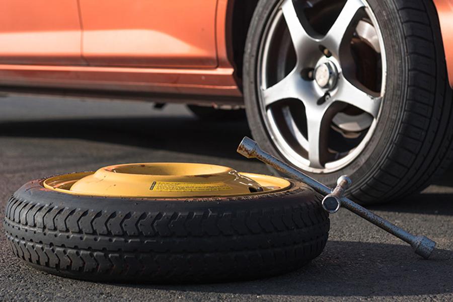 """Pros y contras de la rueda de emergencia o rueda """"de galleta"""""""