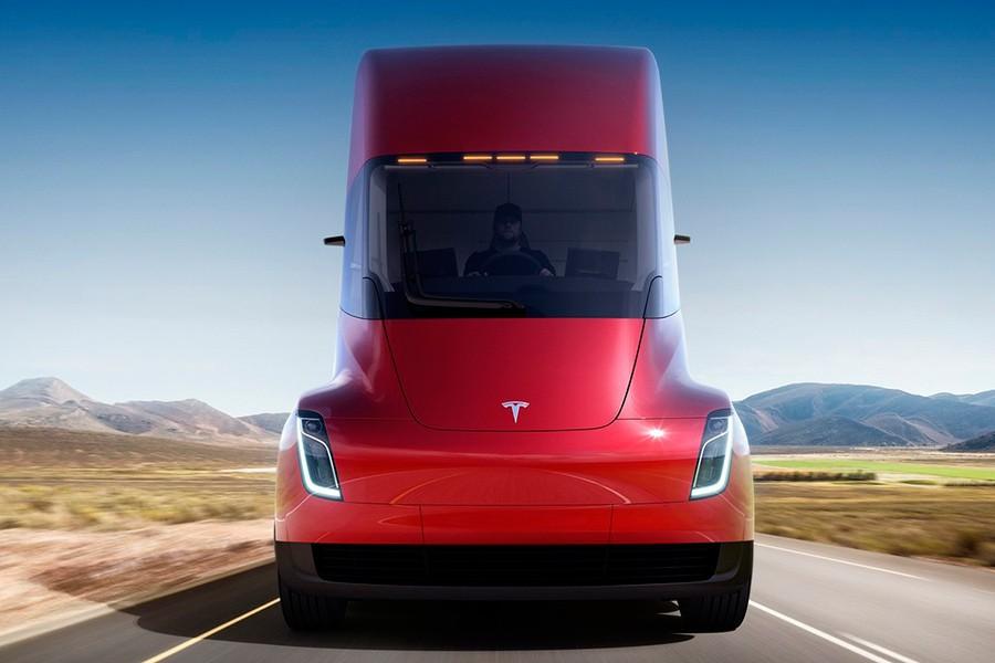 ¿Para qué sirve el nuevo camión eléctrico Tesla Semi?