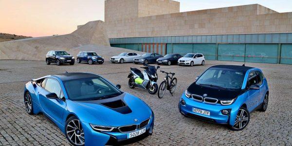 BMW saca pecho con su gama de vehículos electrificados para el futuro