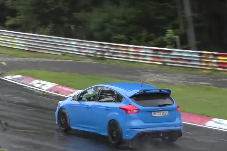 ¡Este Focus RS no para de derrapar en Nürburgring!