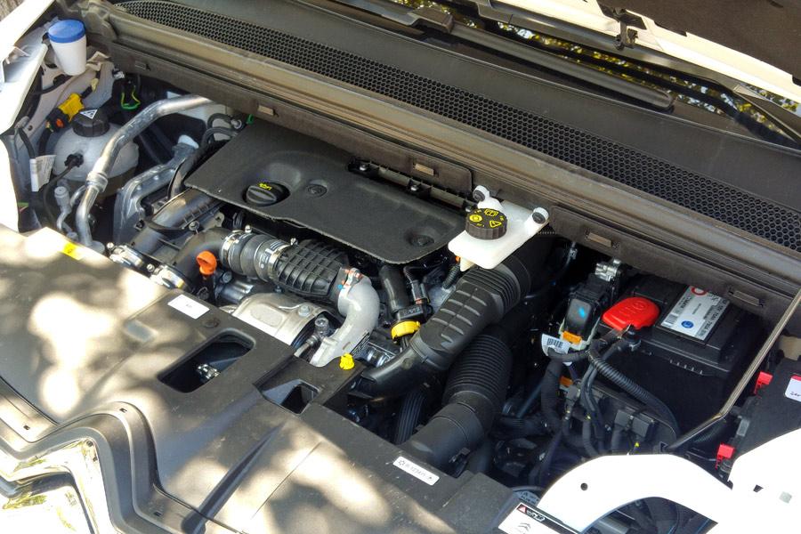 Si vamos a circular a plena carga, el motor diésel de 120 CV puede resultar escaso.