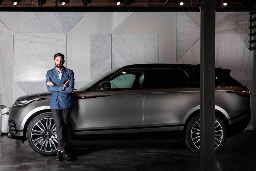 Land Rover y Erico Navazo crean el garaje más bello del mundo.