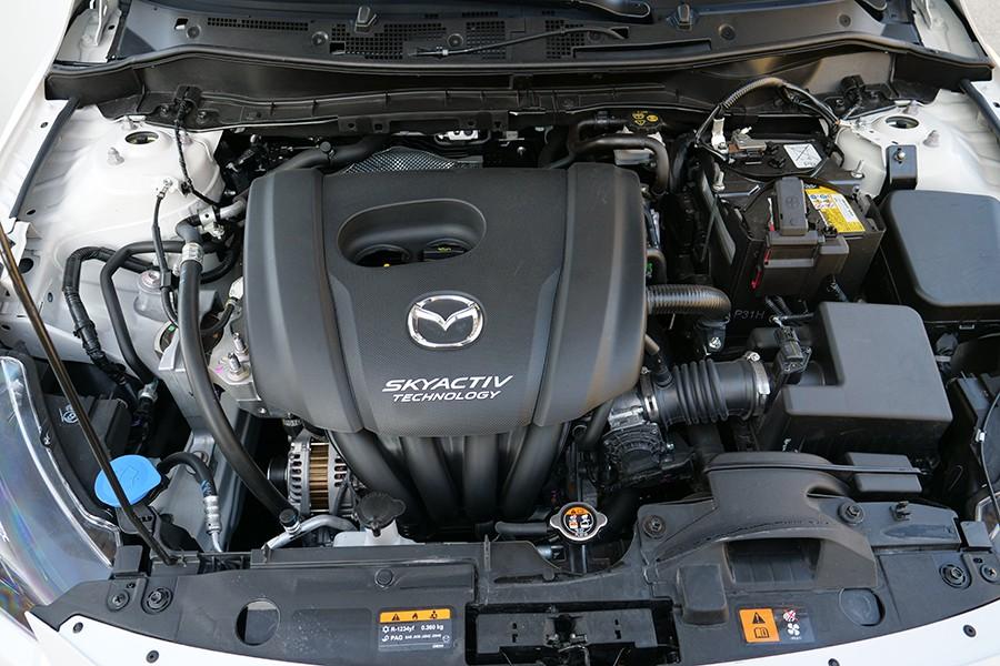 El motor de gasolina de 90 CV tiene un buen rendimiento.