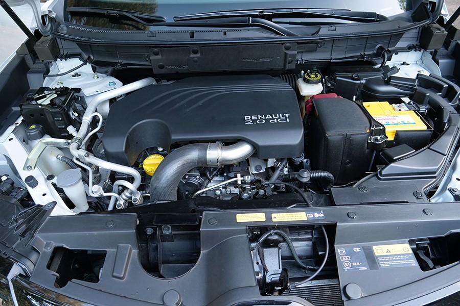 El motor 2.0 dCi no destaca ni por prestaciones ni por su agrado de uso.