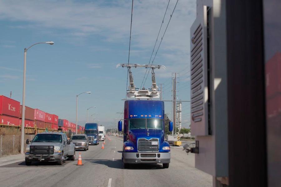 Autopistas eléctricas para camiones: un concepto mundial