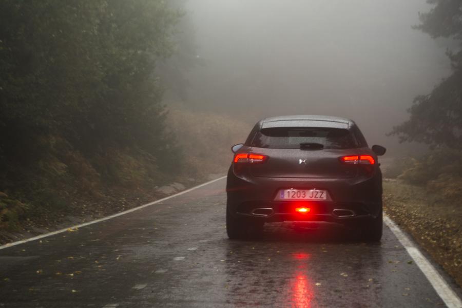 La zaga del DS5 posee un aplomo visual que pocos vehículos tienen.