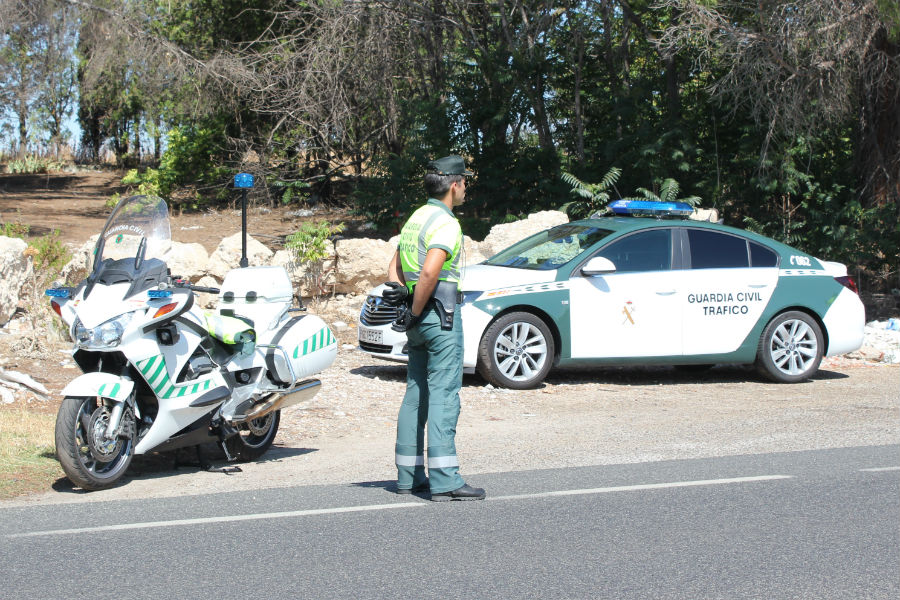 La Guardia Civil De Trfico Cuenta Con Casi Agentes Menos With Guardia Civil  Trafico Zaragoza.