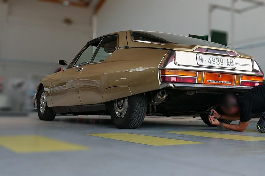Sólo algunos centros están homologados para poder catalogar coches históricos.