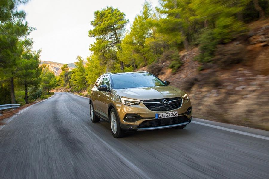 Ya en los concesionarios, el Opel Grandland X