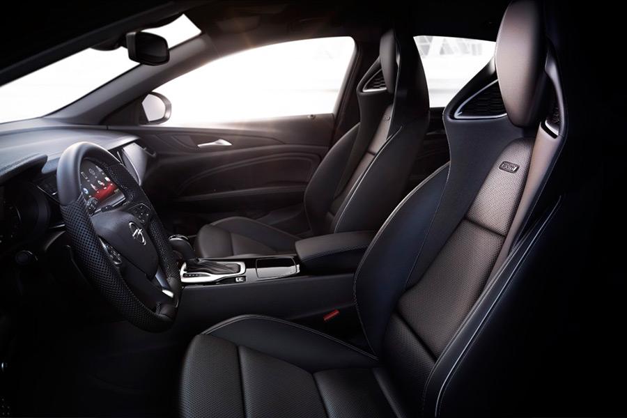 Nuevos asientos deportivos Opel Performance