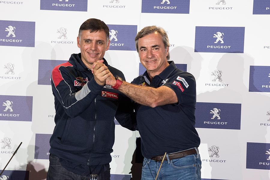 Peugeot se prepara para ganar su tercer Dakar con Carlos Sainz