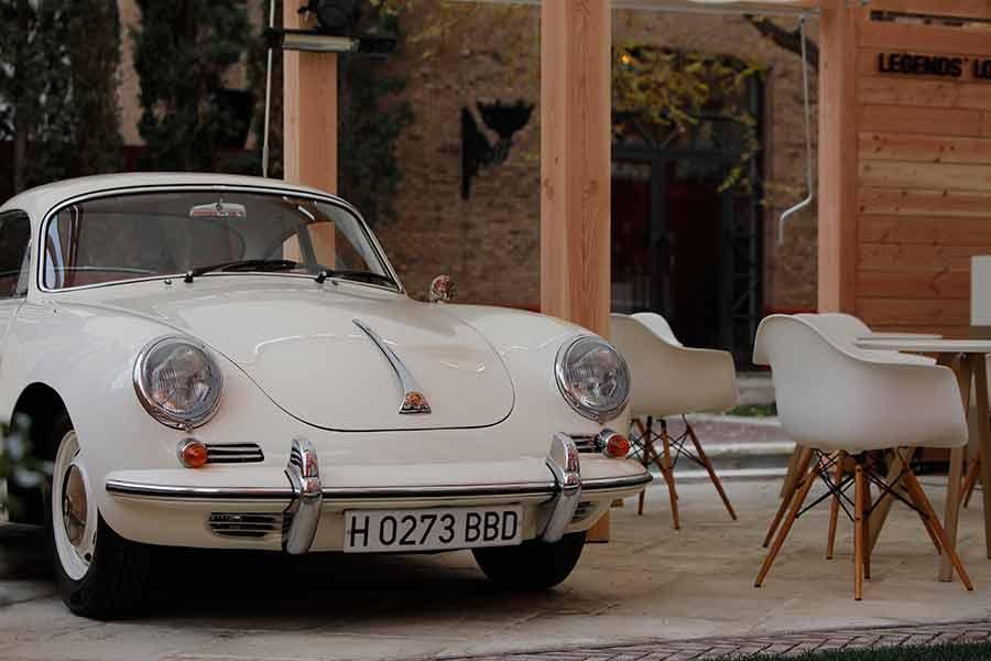 Tienda efímera Porsche: discos con la historia de Porsche