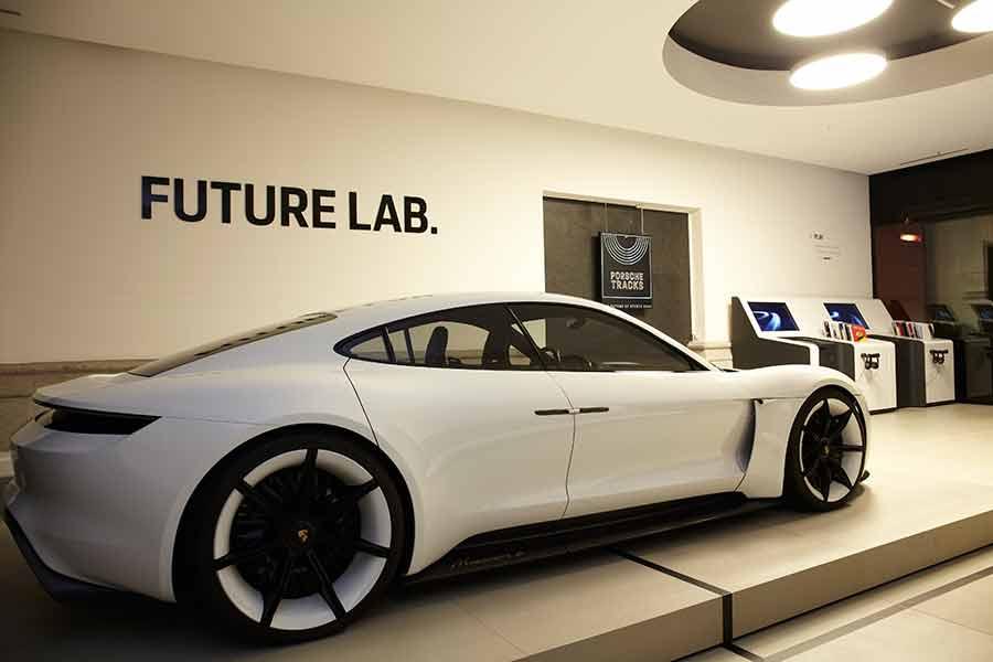 Historia y futuro de Porsche en una pop up store interactiva y… ¡gratis!