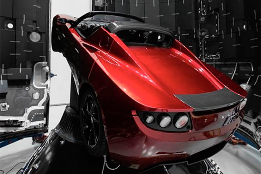 Este coche pertenece al propio Elon Musk y promete salir al espacio.