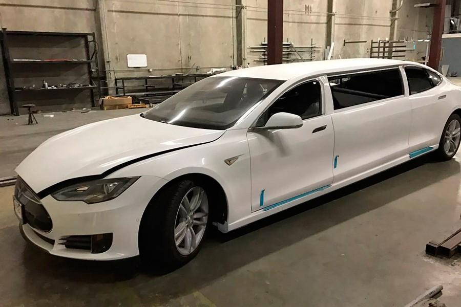 ¿Cuánto pagarías por una limusina del Tesla Model S?