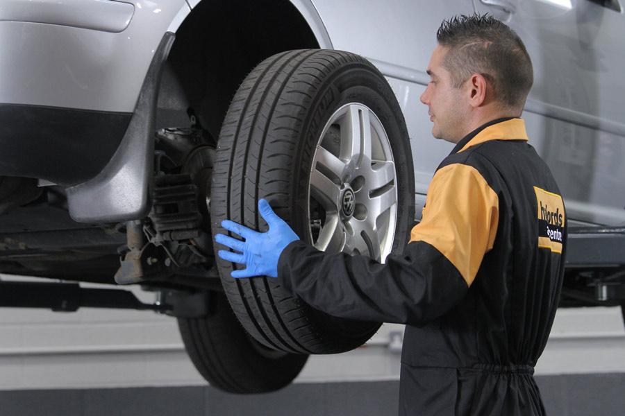 ¿Cúanto cuesta cambiar los neumáticos?