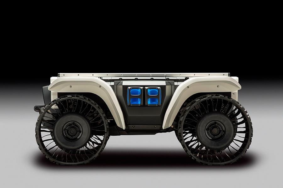 El concepto 3E-D18 dispone de GPS y autonomía basada en sensores, que son capaces de guiar la unidad en casi cualquier entorno.