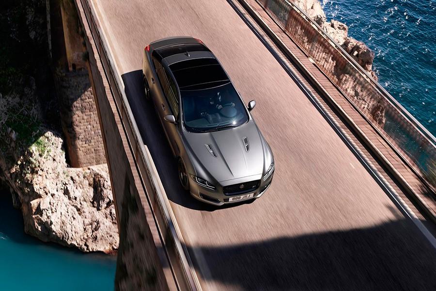 El Jaguar XJ se electrifica