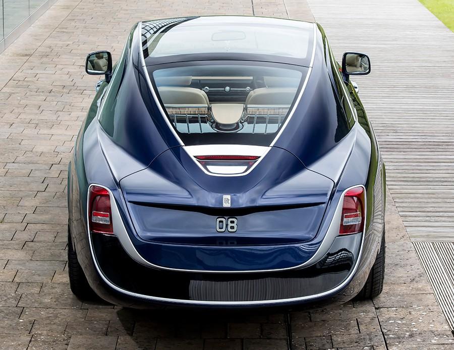 La zaga de Sweptail se inspira en los mejores diseños de los años de mayor esplendor de los coches de lujo.