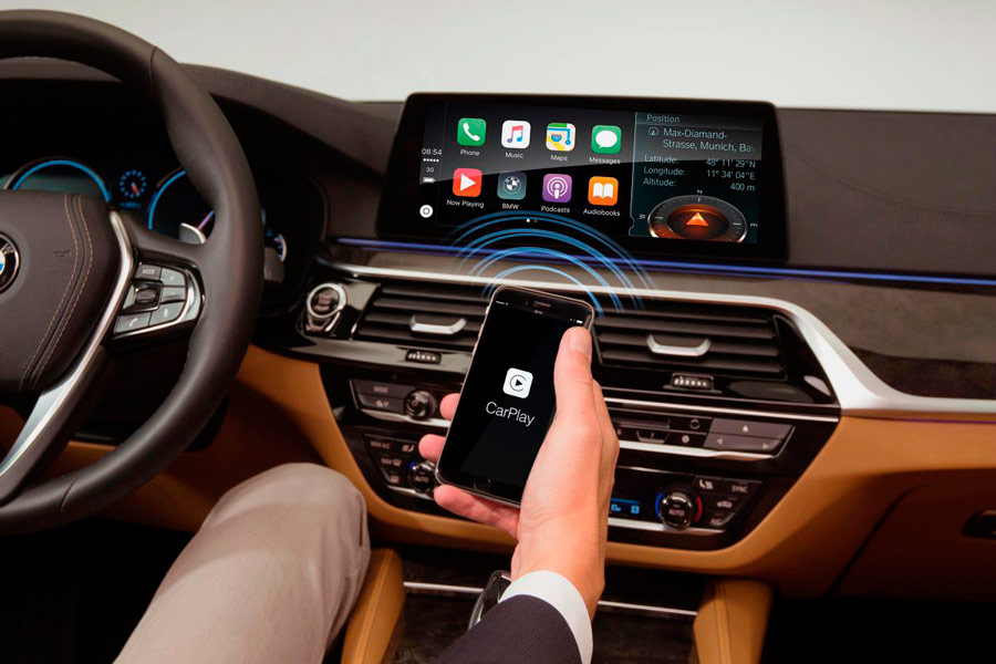 BMW quiere que paguemos por el Apple CarPlay