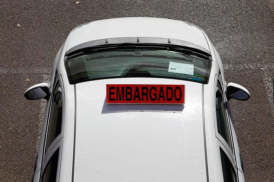 ¿Merece la pena comprar un coche embargado?