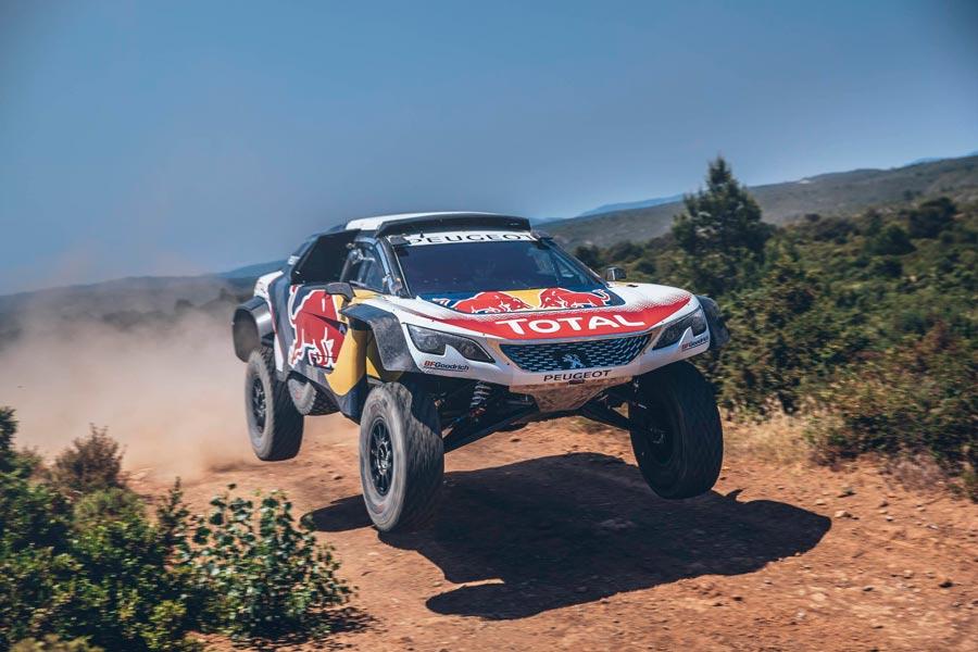 Peugeot 3008 DKR Maxi by Peugeot Total Sport Team.