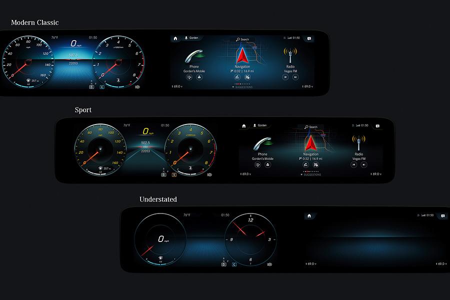 Mercedes ha combinado la pantalla táctil con el touchpad y los botones táctiles Touch-Control del volante.
