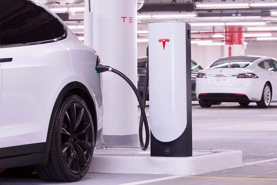 Tesla te planifica el viaje para que no te quedes sin batería