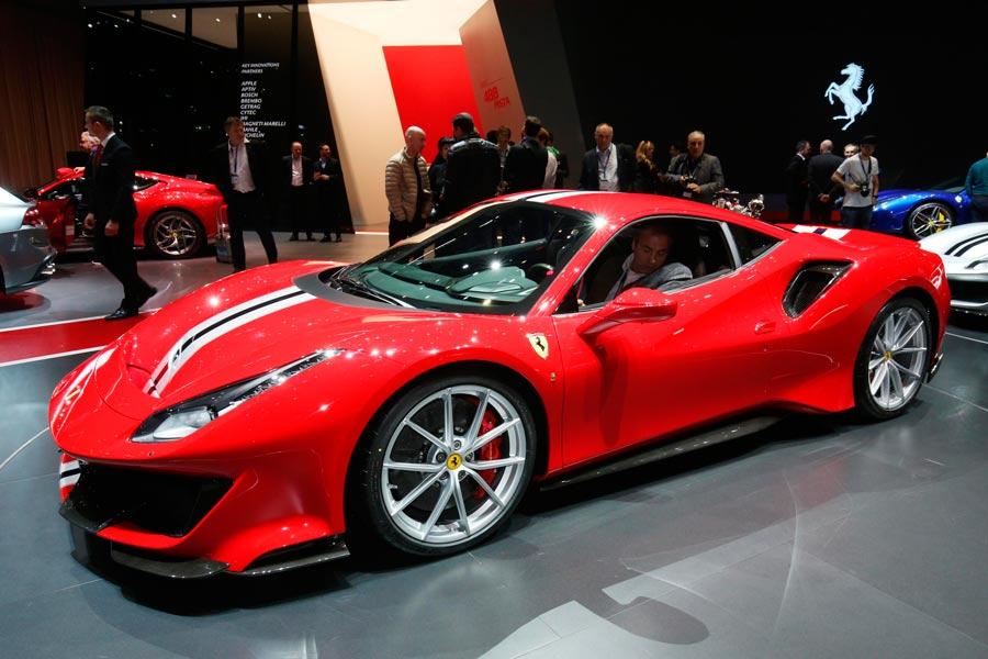 Ferrari 488 Pista: 720 caballos desbocados