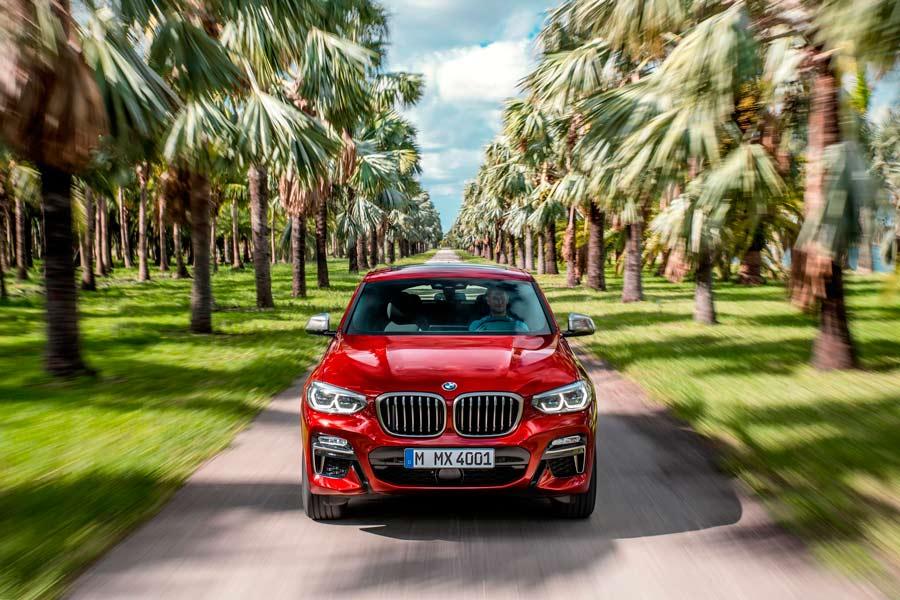 La segunda generación del BMW X4 cuenta con dos variantes M.